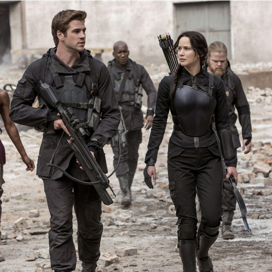 Battle of the Fans Mockingjay Review