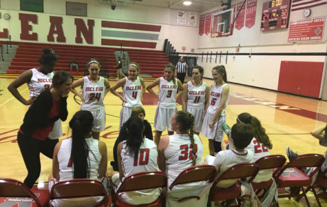 Girls basketball falls to Oakton in home opener