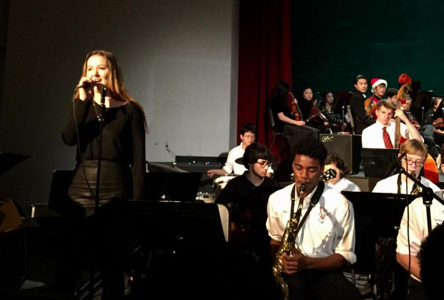Abigale+Hobbs+performs+%22Sunny+Side+of+the+Street%22+alongside+the+McLean+jazz+band.+%28Photo+by+Anya+Chen%29