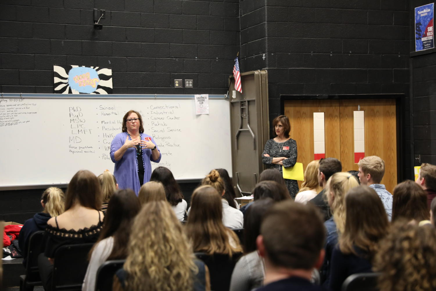 Speakers from the Health Science careers explains their professions as psychologist and psychiatrist. Sophomore Career Talks was held on Mar. 26.