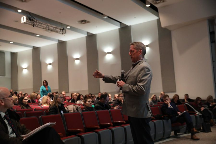 Special+projects+administrator+Kevin+Sneed+elaborates+on+the+current+overcrowding+situation+and+solutions.+The+meeting+was+held+in+the+McLean+auditorium+on+Feb.19.
