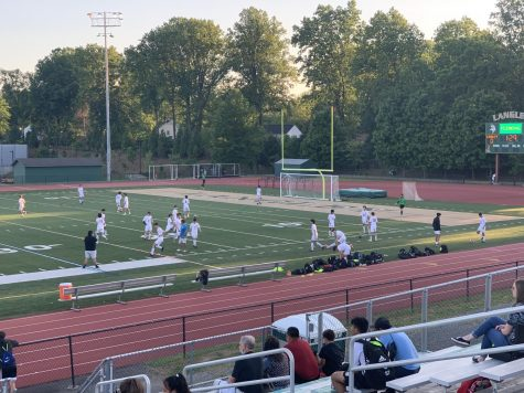 McLean High School boys varsity soccer team warming up before the game. Highlander takes on Saxons at Langley.
